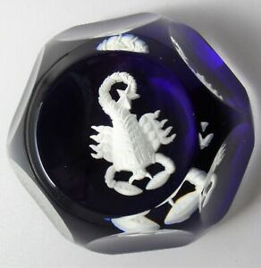VINTAGE FRENCH BACCARAT BLUE & WHITE SCORPIO ZODIAC SIGN GLASS PAPERWEIGHT