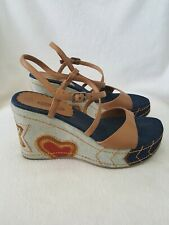 Lower East Side Denim Brown Faux Platform Sandals with Stars & Hearts Size 8.5