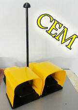 Interruttore a doppio pedale Pizzato per comando di circuiti elettrici Pedaliera