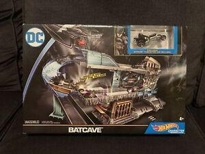 Hot Wheels DC Batcave PlaysetDXC79 Batman Character Car New