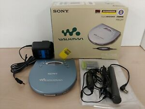 Vintage Sony D-EJ725 Personal CD Player Walkman Blue with Headphones, Box C5