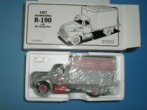 First Gear 1957 International R-190 NYC Pacemaker Dry Goods Van #10-1188 1:34
