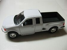 WELLY 1:24 SCALE FORD F-150 FLARESIDE SUPERCAB PICKUP 4x4 SPORT W/O BOX
