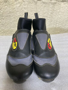Northwave Arctic Cycling Shoes - US 7 (39) - Bicycle Shoes - Riding Shoes