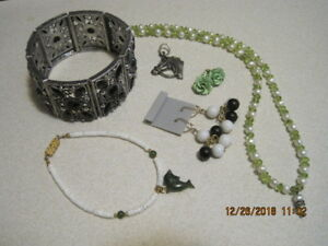 JEWELRY LOT #10 VINTAGE to MODERN FASHION 6 Items