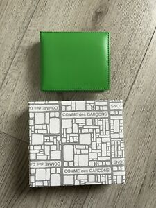 Comme Des Garcons CDG cowhide leather bifold wallet green BRAND NEW