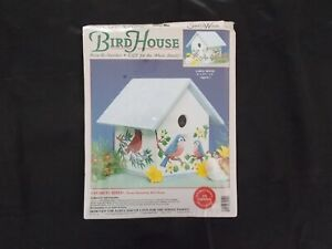 Home Decorating Simply Wood Birdhouse #04012
