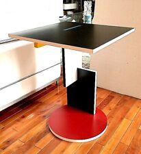 Gerrit Rietveld Schroeder side table