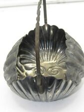 Derby Silver Plate `Shell` Basket (309.6g)