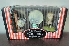"Nuevos juguetes de Tim Burton ""Tragic Brie Boy Staring Girl y Pin Cojín Reina Conjunto"