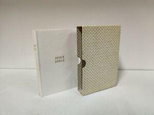 Vintage HOLY BIBLE Collins Illustrated King James Version 1950s (b3)