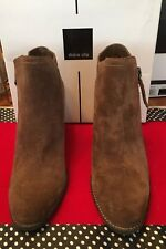 New DOLCE VITA Women's HIGHLANDER 8M Luggage Suede Zipper Ankle Closed ToeBootie