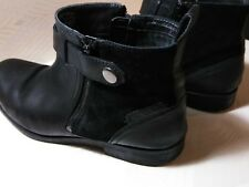 MENS CLARKS Size 11 Ankle  BOOTS Shoes Black Leather double Zip Buckle @6