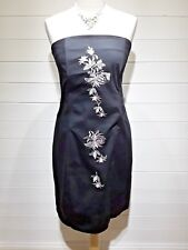 Internacionale Dress ~ Size 14 ~ Black stiched flowes ~ Sleeveless - 1412