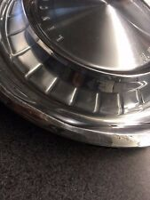 1962-1963 Lincoln Continental Hubcap