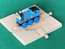 BRIO 4-way TURNTABLE for THOMAS & Friends WOODEN Railway TRAIN ENGINE set