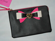 BETSEY JOHNSON Wristlet Bag Purse  black with pink bow
