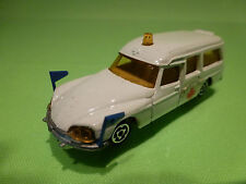 MAJORETTE 206 CITROEN DS 21 AMBULANCE - WHITE 1:65 - EXCELLENT CONDITION