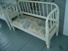 GORGEOUS VICTORIAN SPOOL BED UPHOLSTERED BENCH