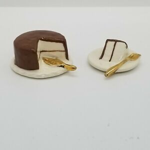 Vintage Arcadia Ceramic Brown Frosted White Cake & Slice Salt And Pepper Shakers