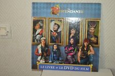 LE LIVRE + LE DVD DU FILM DESCENDANT  DISNEY 2015 ET HACHETTE TBE