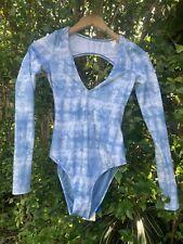 billabong long sleeve rashguard bodysuit swimsuit M blue/shibori new with tags