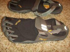 Vibram M4485 Five Finger Treksport Black Charcoal Mens Size 41