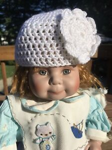 New Handmade White Crocheted Baby Hat With Flower & Diaper Cover Set 3-6 Months