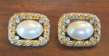 Vintage Trifari Costume Jewelry Gold Tone Faux Pearl Clip On Earrings