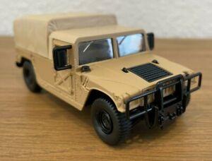 SOLIDO militaire de l'Armée Américaine 4x4 Humvee en version pick-up cargo bâché