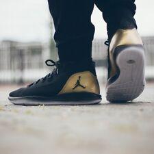"Nike Jordan rivelare Q54 'Quai Pack ""Mid Scarpe da Ginnastica Moda UK 10 (EU 45) Nero MTLC"