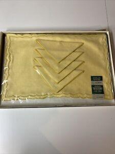 Vintage Authentic Imperial Creation Maize 100% Linen Placemats And Napkins Set 4