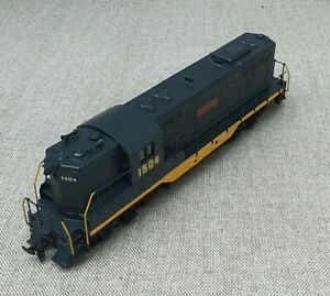 Athearn GP7 HO Gauge Locomotive South Shore livery number 1504, Very Good Boxed.