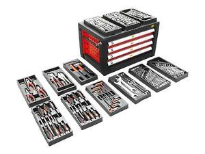 Werkzeugkasten gefüllt mit Werkzeug Werkzeugkiste