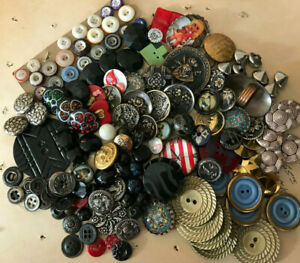 Vintage Antique modern button lot~Lg. lot collectible buttons~Assorted materials