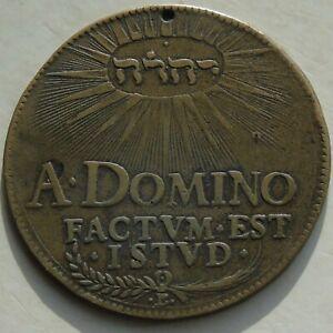 1631 Bronze Medal Similar to a 1631 Sweden Daler, 41mm 16.82g, holed good