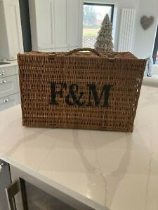FORTNUM AND MASON MEDIUM HAMPER BASKET WITH STRAW AND LEATHER STRAPS