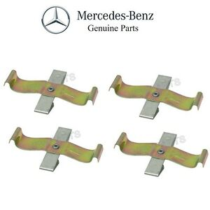 For Mercedes W108 Pair Set of Rear Left & Right Brake Pad Retainer Springs OES