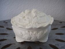 Vintage Two ANGELS Fine Porcelain Footed Trinket Jewelry Box w/ Lid Floral White