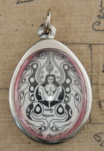 Talismano Lady Kruba Santa Potente Magic Love Thai Amulet Love Erotico -197-D5