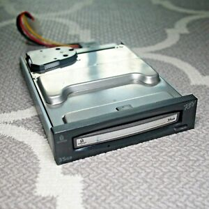 "Iomega Rev 3.5"" PC Internal SATA Drive 35GB with 35GB cart-rage PC COMPATIBLE"