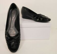 NWOB Lifestride Marty Black Faux Leather Wedge Heel Casual Shoes 6.5 M (S134)