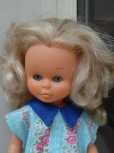Jolie poupée NANCY de  FAMOSA  ancienne
