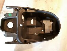 Yamaha Maxster XQ 125 SE05  Seat Compartment Boot Storage Under seat :A6