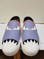FENDI Leather Monster Eyes Slip On Round Toe Women Sneaker Size EUR 39/ US 8.5