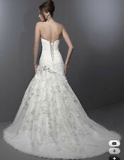 "New Original ""Private Label by G"" wedding gown-Size 14/ Ivory"