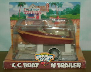 "5.5"" Chevron C.C. Boat 'n Trailer Plastic Toy (classic wood style watercraft)"