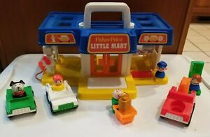 Vintage Fisher Price Little People #2580 Little Mart