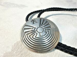WONDERFUL Native American Detailed Signed STERLING SILVER BOLO TIE Tribal Swirl