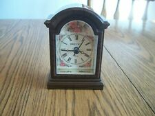 Breck'S Quartz Miniature Mantle Clock Battery Operated